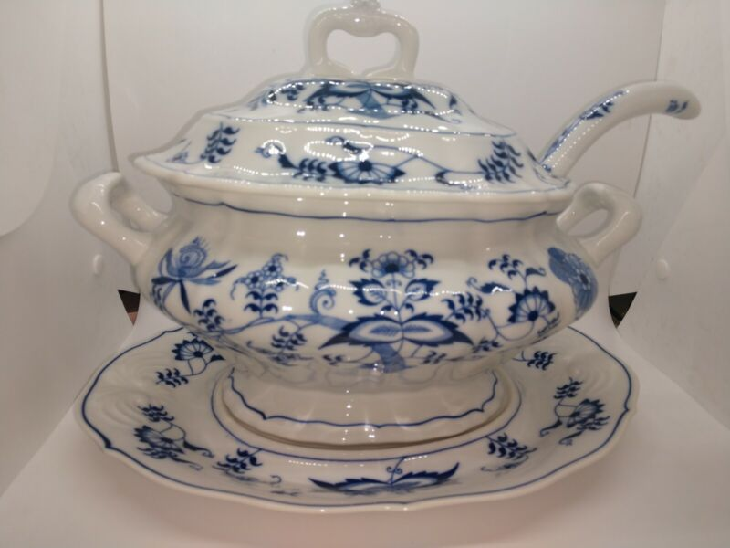Blue Danube Soup Tureen Complete Set Lid Underplate and Ladle Blue Onion