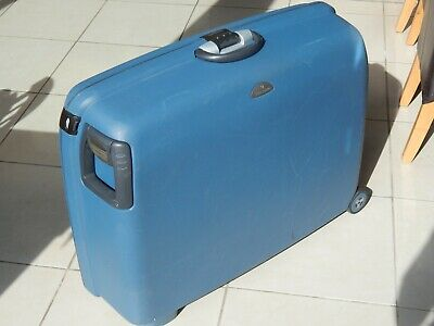 SAMSONITE LARGE HARD SHELL BLUE SUITCASE COMBINATION LOCK PULL ALONG 2 WHEELS