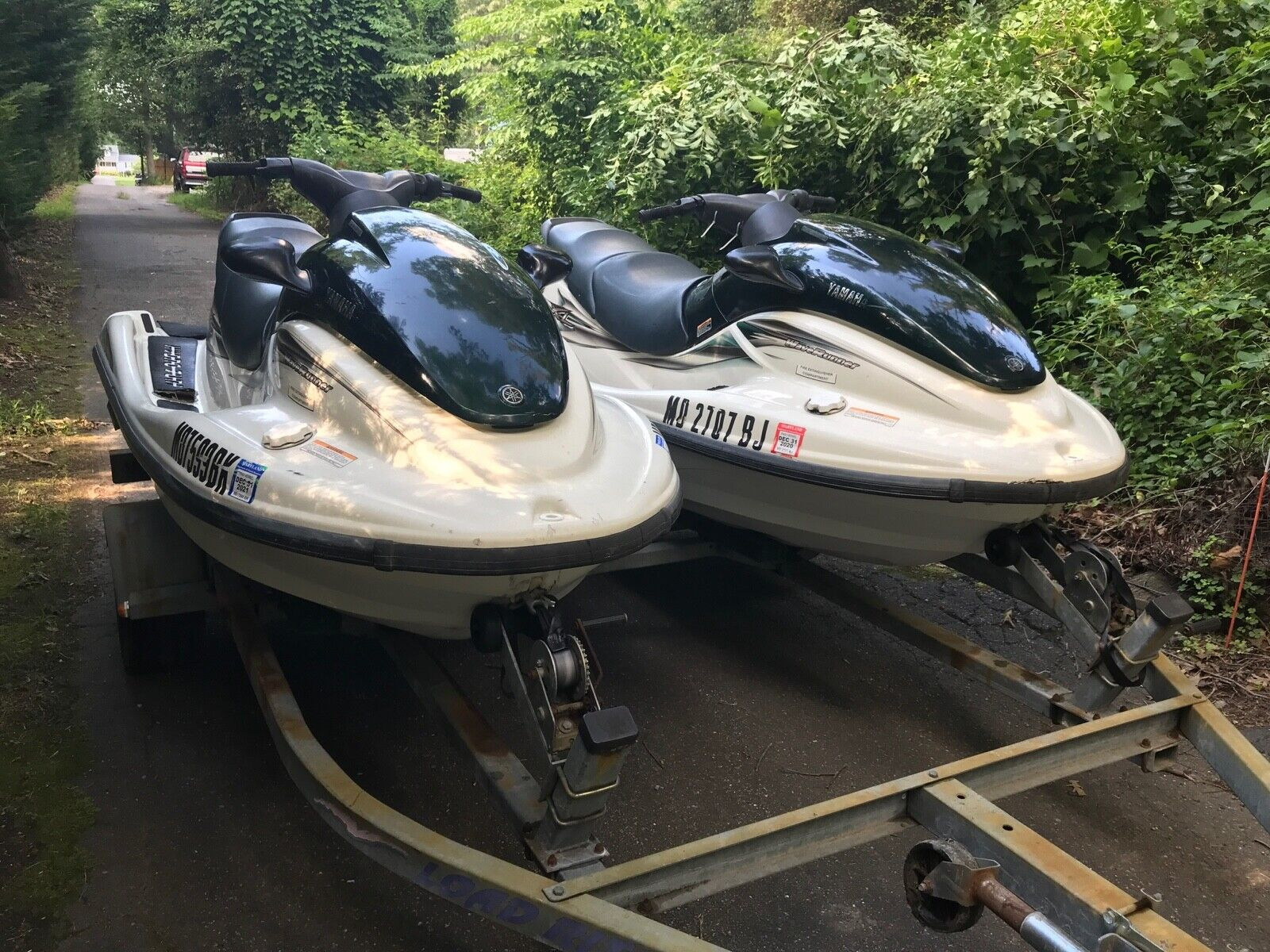 Yamaha XL 12 Jet Ski pair! Good looking skis on double trailer -need motor work.