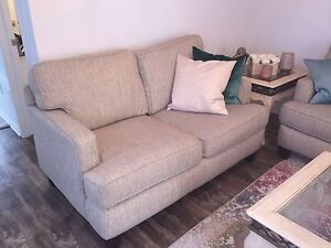 Great Quality Couches! Must go. Gatineau Ottawa / Gatineau Area image 2