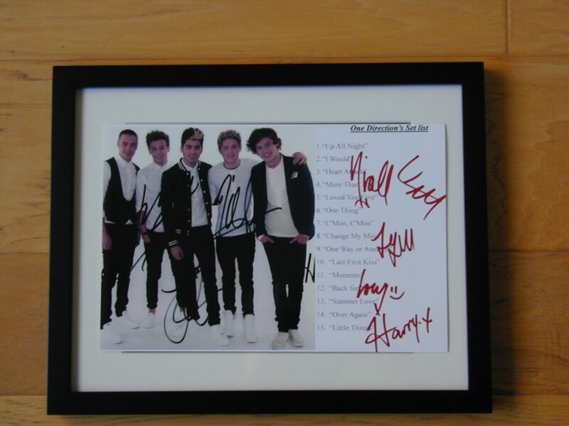 ONE DIRECTION SIGNED AUTOGRAPH PHOTO, 8X12, free shipping