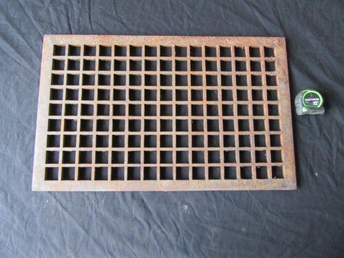 ~ LARGE ANTIQUE CAST IRON FLOOR REGISTER COLD AIR RETURN ~ 23.75 X 14.75