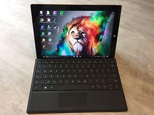 Tablette 2-1 avec clavier rétroéclairé Microsoft Surface 3