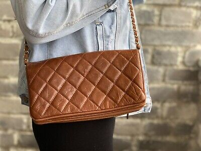 INNUE Genuine Leather Quilted Purse Clutch Bag on Gold Chain Brown
