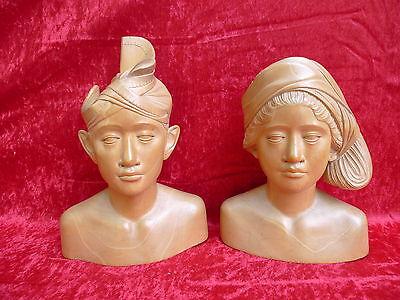 2 Beautiful, Old Wooden Figures __ Busts __29cm u.25cm _ !