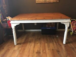 Rustic style table