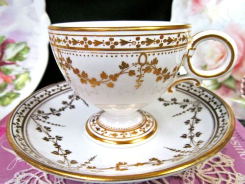 English Porcelain tea cup and saucer WORCESTER pedestal teacup footed gold gilt