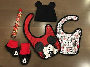 Mickey Mouse baby accessory lot: soother clip, toque, bibs