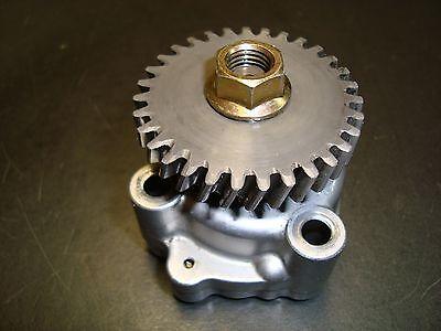 Kubota Tractor - Club Car D722es Engine Oil Pump W Drive Gear  Oem Used