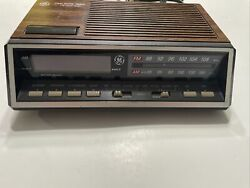 Vintage GE Alarm Clock Radio Model 7-4616B Two Wake Times ~ Red Digits ~ Tested