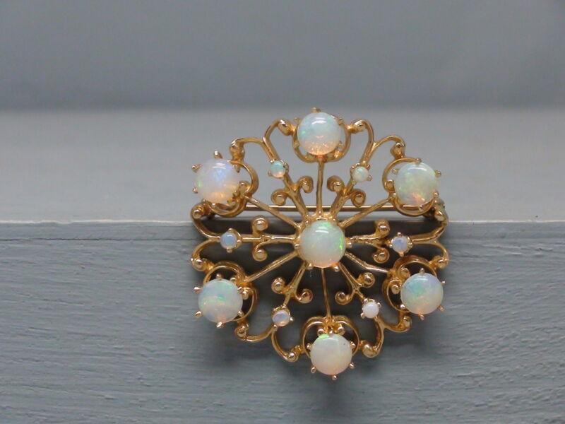 Wonderful 14K Gold  Opal Starburst Pin