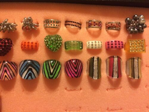 25 piece Wholesale Fashion Jewelry Lots - Assorted Acrylic Rings