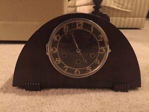 Vintage Clock (Antique) Nerang Gold Coast West Preview