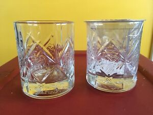 2 Dewar's Scotch Crystal Trefoil Celtic Truth Knot Glass
