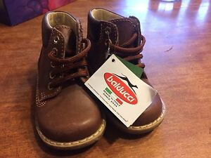 Italian made boys infant boots size 20