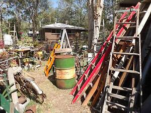 Tons of old vintage collectable things and retro rustic stuff Joyner Pine Rivers Area Preview