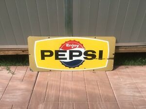 P&M Orillia porcelain Pepsi cola kick plate sign Coca Cola signs