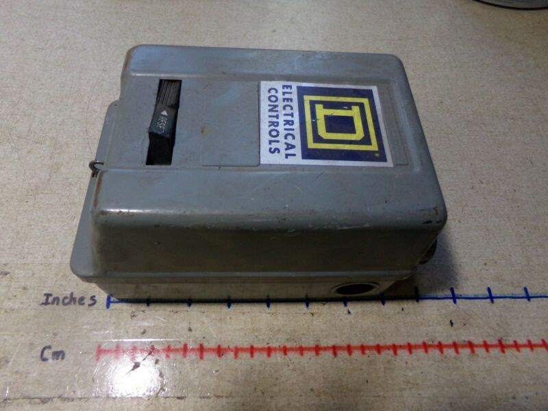 Square D Electrical Controls Enclosure with Reset Switch *FREE SHIPPING*