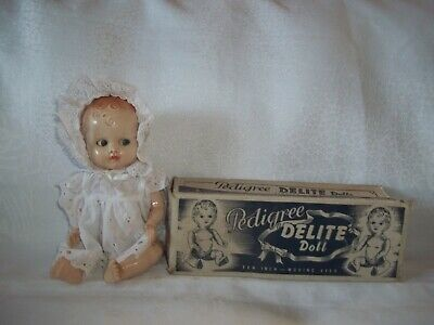 Pedigree Delite Doll. ORIGINAL BOX Flirty Eyes. 1950's. 10""