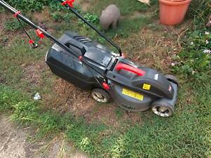Ozito 1000W Electric lawn mower Holland Park West Brisbane South West Preview