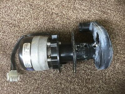 Manitowoc Ice 8251133 Water Pump 230v 6050