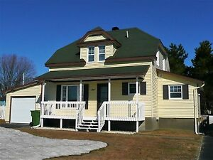 Maison à un étage et demi - à vendre - Val-d'Or - 18371600
