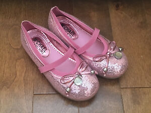 New Size 11 Michael Kors pink girls' shoes