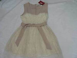 Bone coloured Size 8 Noza dress, lace and tulle Auchenflower Brisbane North West Preview