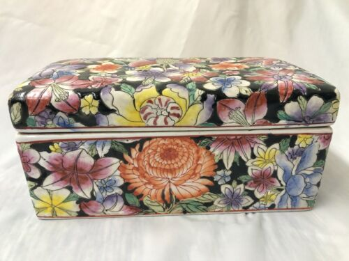 Antique Chinese porcelain Famille Noir Rectangle Box