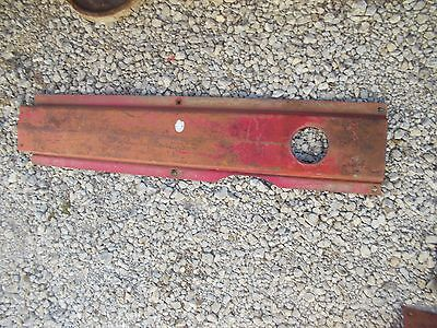 International 300 350 Utility Tractor Ih Front Center Hood Panel Over Engine