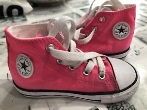 Converse shoes pink size 8