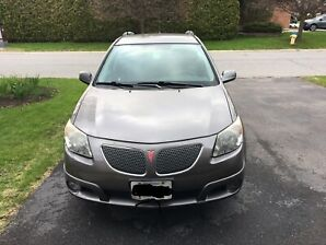 2007 Pontiac Vibe - Low mileage