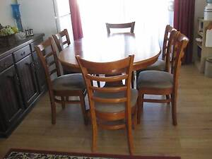 For Sale Extendable Table and 6 chairs Wallaroo Copper Coast Preview