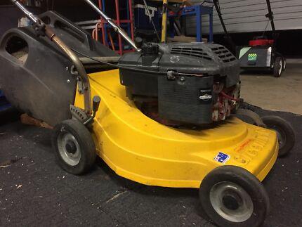 Commercial use Lawn mower  Morphett Vale Morphett Vale Area Preview