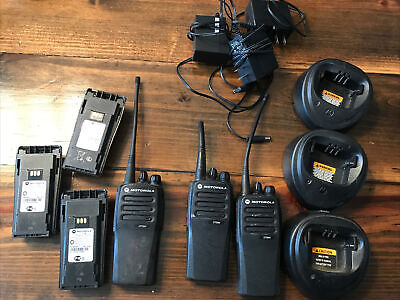 1 Motorola Cp200d 403-470 Mhz 4 Watts Nd Aah01qdc9jc2an. Portable Two Way Radio