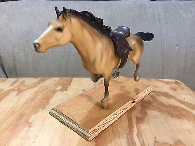 RARE Vintage Breyer Horse, Hobo Mustang of Lazy Heart Ranch with Breyer Saddle