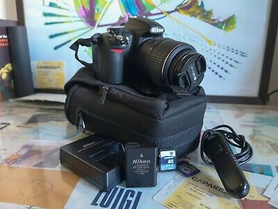 Reflex NIKON D3100 + Obiettivo 18-55 VR Kit + 2 SD Card + borsa + telecomando