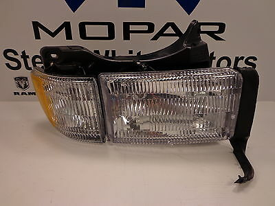 97-02 Dodge Ram 1500 2500 3500 New Headlamp Head Lamp Right Side Mopar Oem
