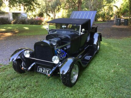 Hot Rod Roadstar Pickup