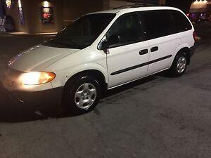 Dodge caravan se 2003 Motor and transmission A1