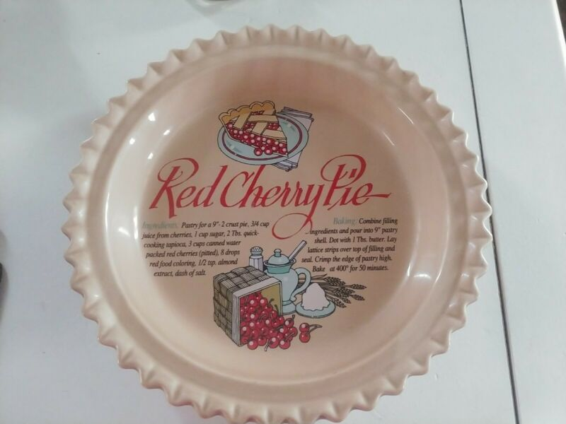UNIVERSAL TRUMPS CORP RED CHERRY PIE PLATE WITH RECIPE FOR BAKING 9 in
