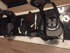MENS RIDE SNOWBOARD AND BINDINGS AND BURTON BOOTS