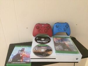 Xbox one s 1tb 4games 2 controllers