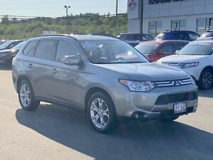 2014 Mitsubishi Outlander SE TOURING All Wheel Control