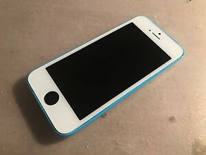 iPhone 5C 8gb UNLOCKED A1 condition like new Hampton Park Casey Area Preview