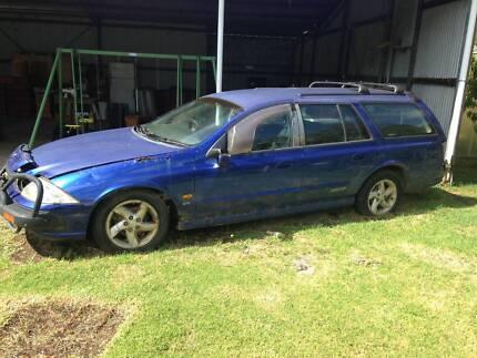 AU Falcon Stn Wagon wrecking