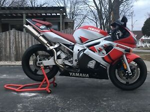 2000 R6 GREAT CONDITION