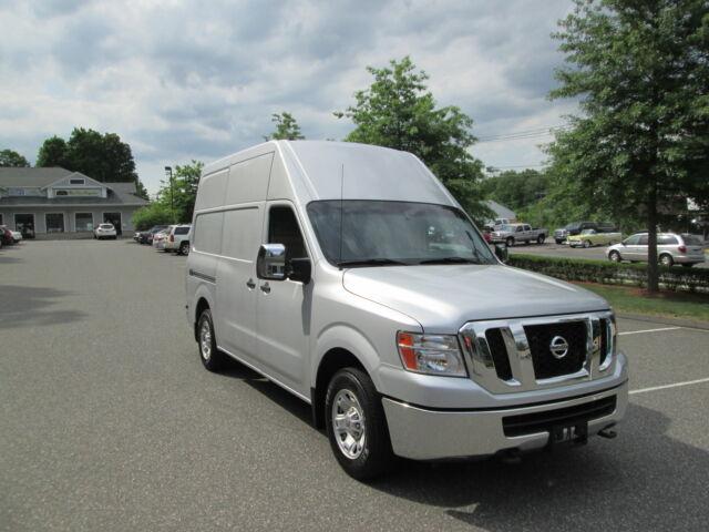 Imagen 1 de Nissan NV  silver
