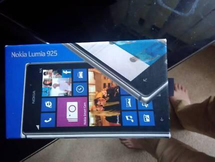 Chinese model Lumia 925