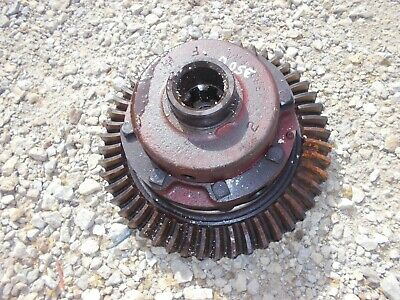 International 300 350 Utility Tractor Main Transmission Ring Drive Pinion Gear